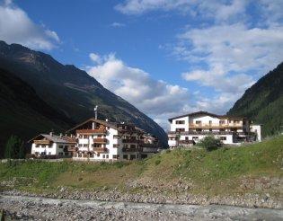 Hegymászás - Ötz-völgyi Alpok: Similaun(3606m) - Vent(1896m)